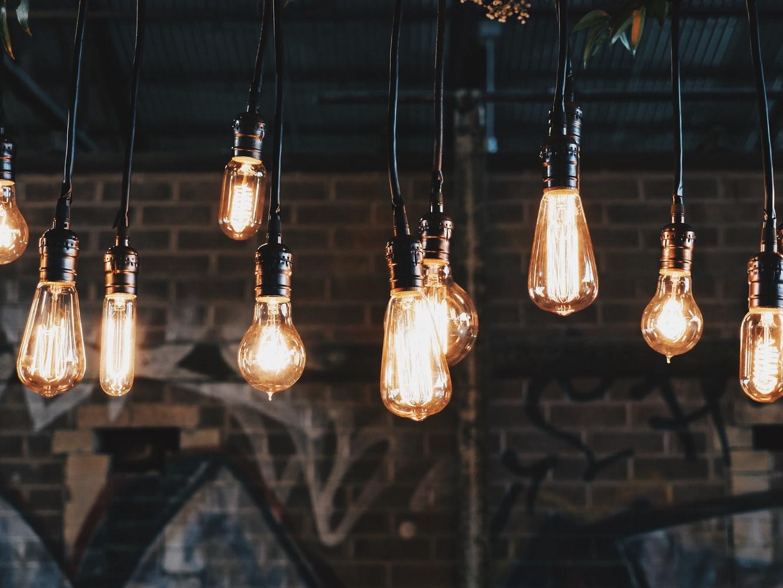 Gaat u zelf de lampen vervangen? Neem de juiste voorzorgsmaatregelen!
